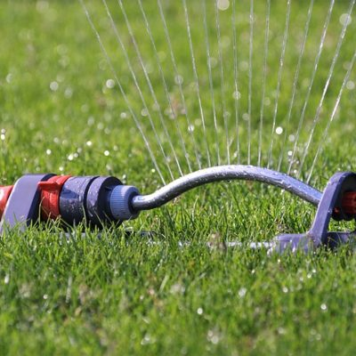 mistakes people make when watering their lawn in Fairfield CT - oscillating sprinkler